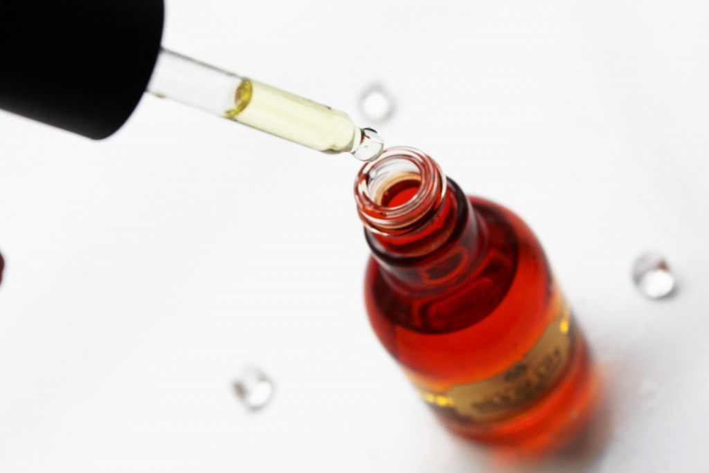 The Body Shop Oils of Life Facial oil