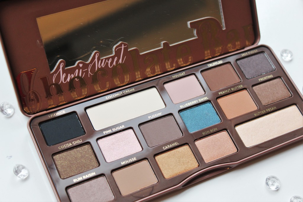 de Too Faced Semi-Sweet Chocolate Bar review