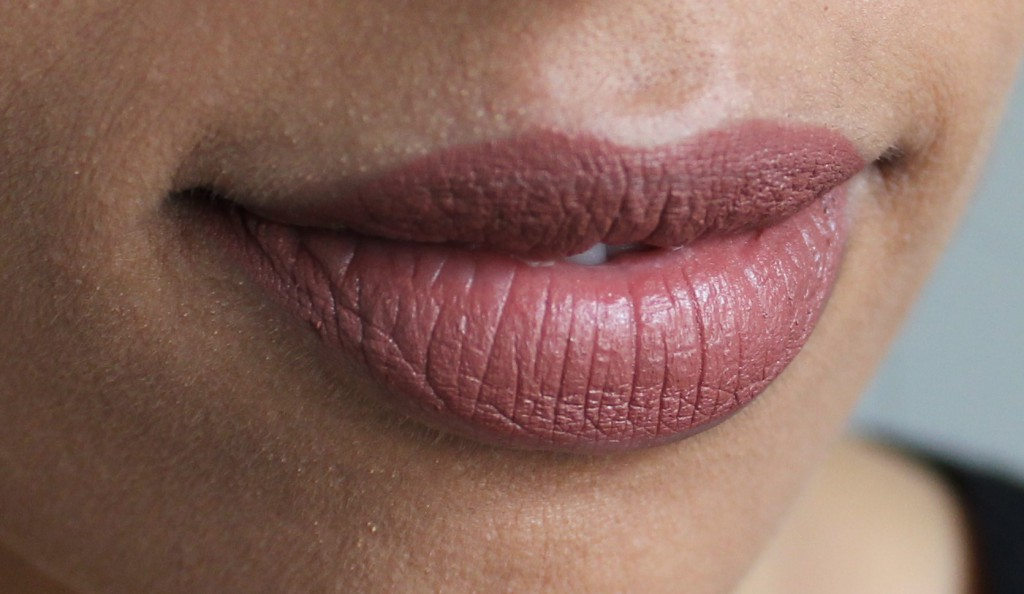Mac whirl lipstick swatch