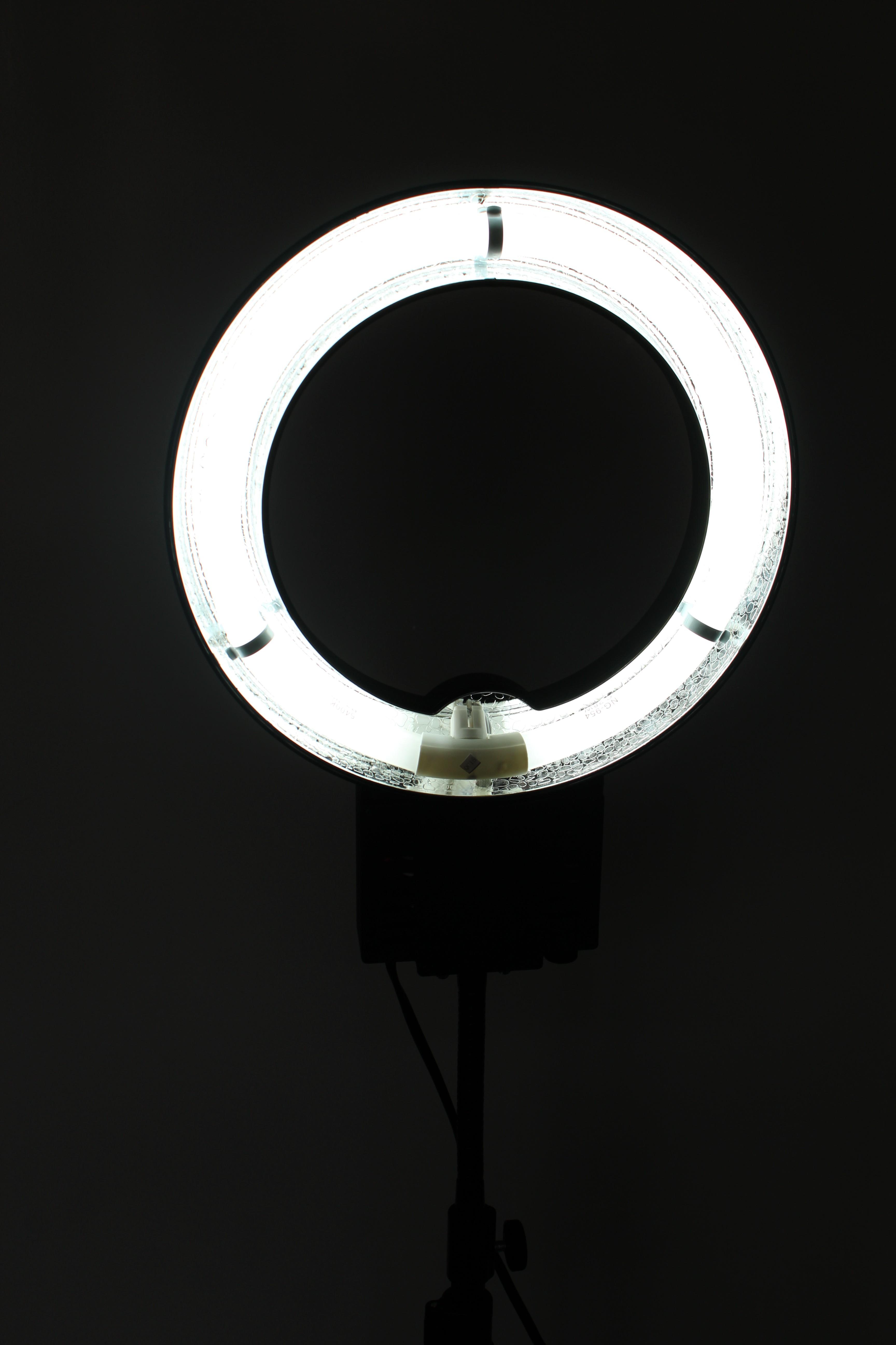 Mijn nieuwe ringlamp : Falcon Eyes FLC-28 | review & uitleg