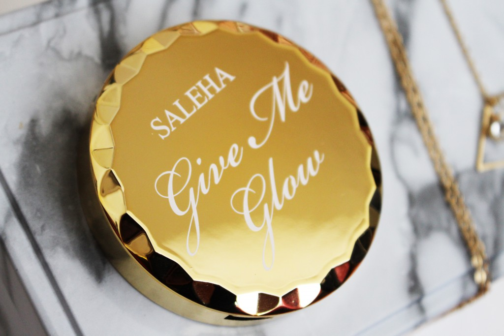 Saleha Give Me Glow highlighter review makeup