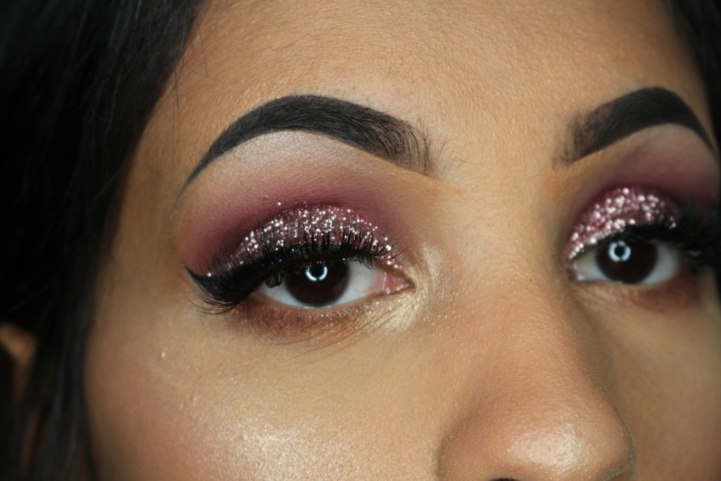 laguna cosmetics pressed glitter review