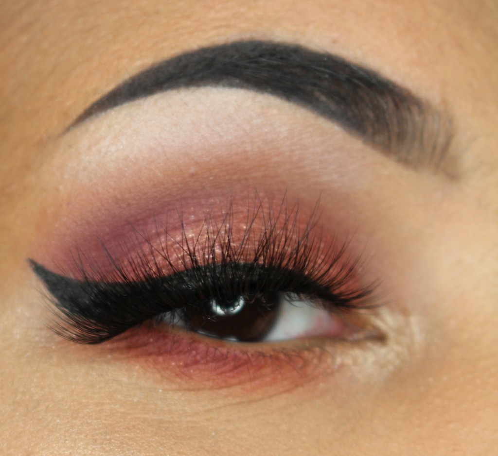 Annytude Sultry lashes review