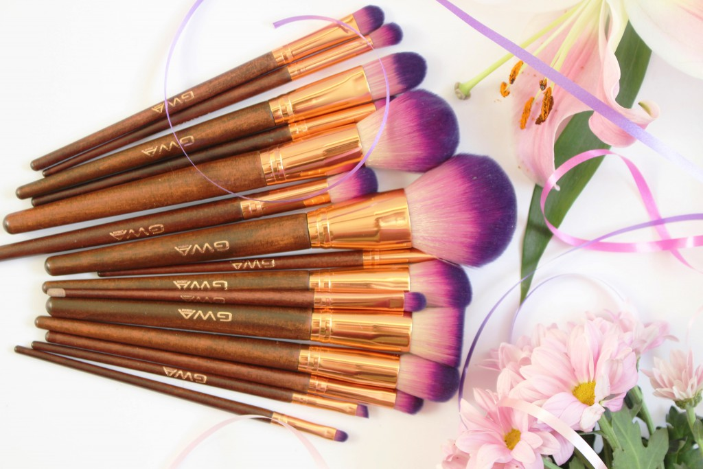 Girls With Attitude Fairytale Collection brushes