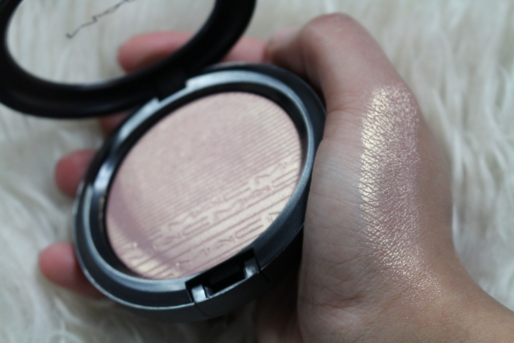 MAC extra dimension skinfinish beaming blush review swatch