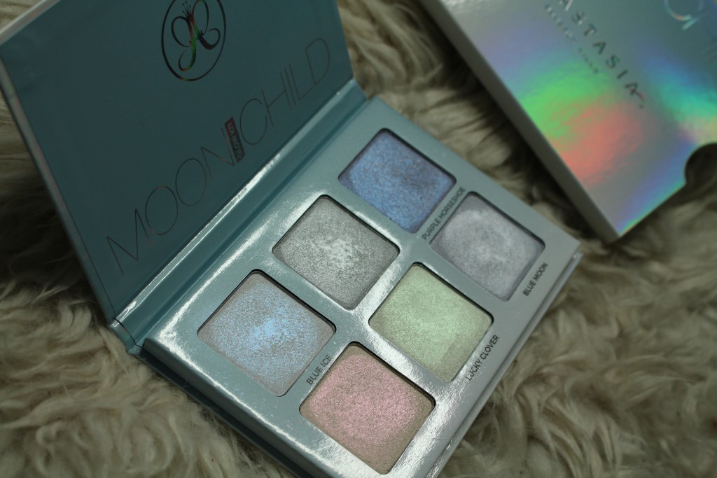 Anastasia Beverly Hills Moonchild Glow Kit review