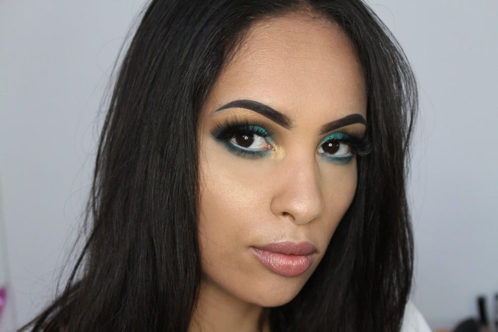 MAC lipstick viva glam V swatch
