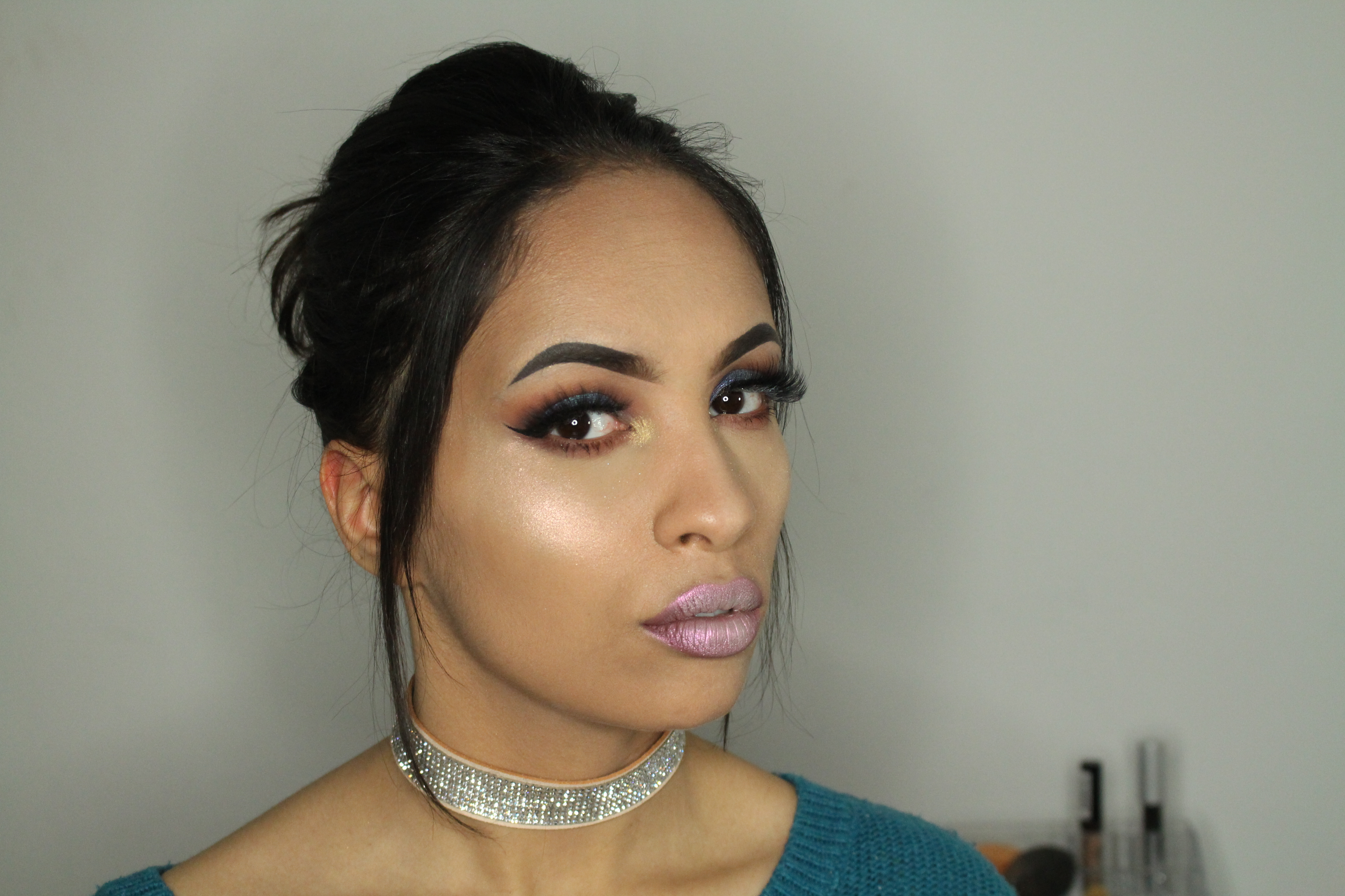 anastasia aurora glow kit look