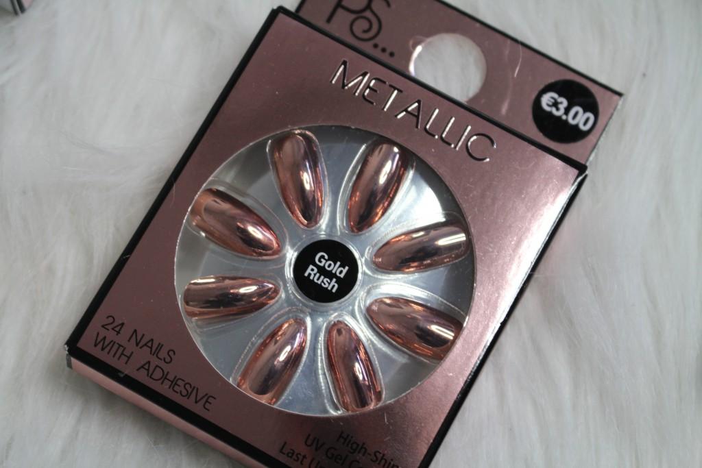 primark rose metallic nagels