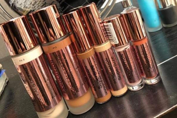 Dé Makeup Revolution concealer krijgt een XL variant – en een foundation!