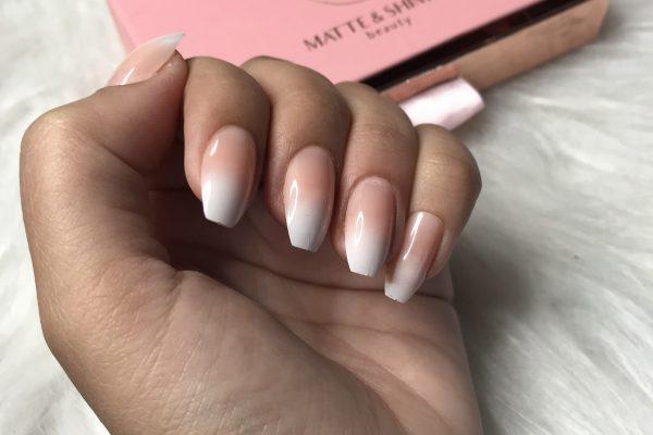 Hoe ga je met lange nagels door het dagelijks leven?