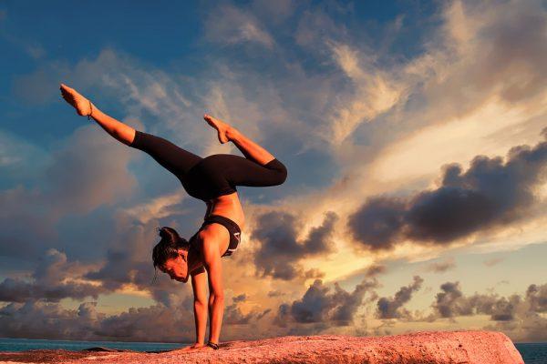 Hoe wordt jouw yoga kleding gemaakt? Dat gebeurt zo!