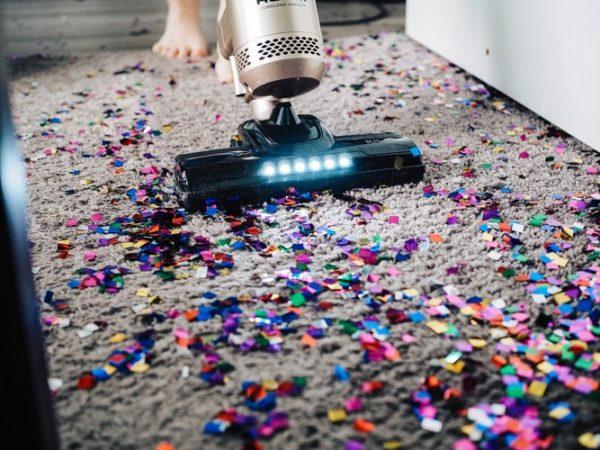 Het leed dat schoonmaken heet: zo maak je het huis makkelijk & snel schoon