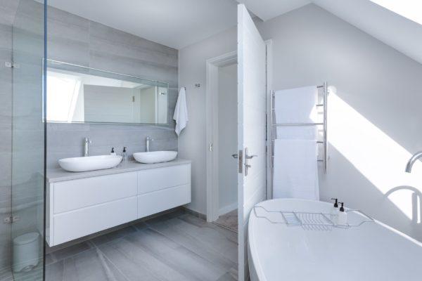 Interieurtips: badkamers om bij weg te dromen